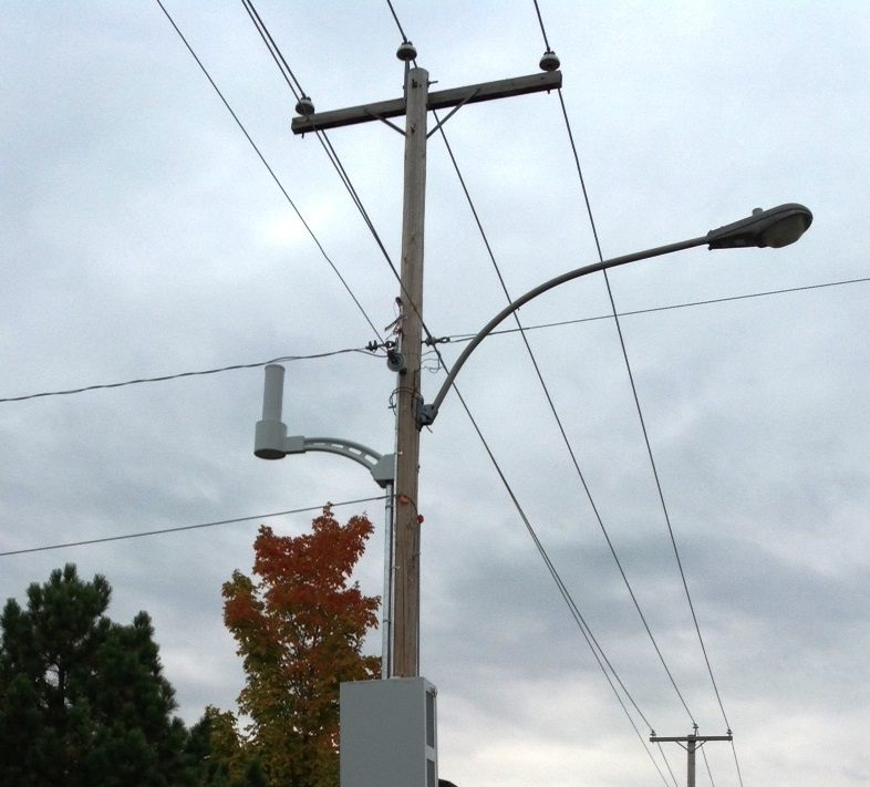 Gestion des antennes de télécommunication sur structures non conçues expressément pour en supporter l'installation « small cells »