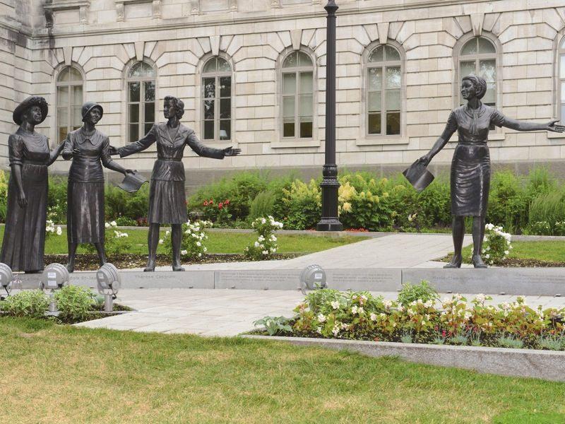 Mandat d'initiative sur la place des femmes en politique