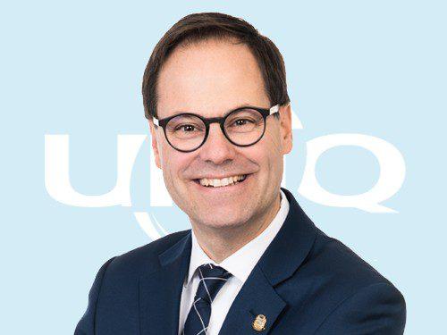 Alexandre Cusson quitte ses fonctions de président de l'Union des municipalités du Québec